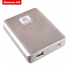 纽曼(Newmine)移动电源  N6 聚合物电芯 充电宝 6000mAh